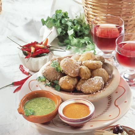 Kanarische Kartoffeln mit roter & grüner Mojo Rezept