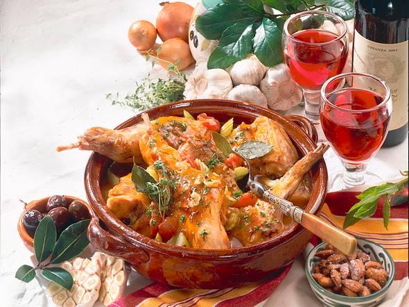 Kaninchen in Knoblauch-Wein-Soße Rezept