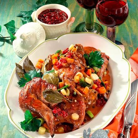 Kaninchen in Rotwein Rezept