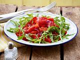 Kapuzinerkresse-Salat mit gerösteter Paprika Rezept