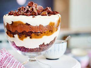 Karamell-Brownie-Pokal Rezept