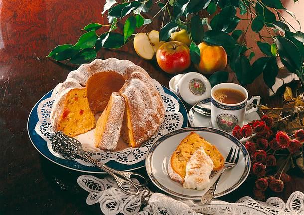 Karamellnapfkuchen mit Äpfeln Rezept