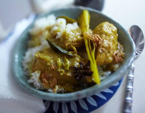Kari Ayam (malaiisches Hähnchencurry) Rezept