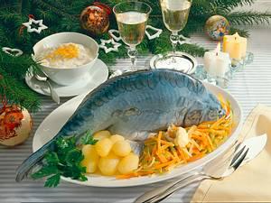 Karpfen Blau auf Julienne-Gemüse Rezept