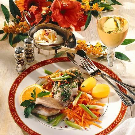 Karpfenfilet auf feinem Gemüse Rezept