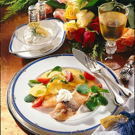 Karpfentranchen mit Kartoffel-Meerrettich-Salat Rezept