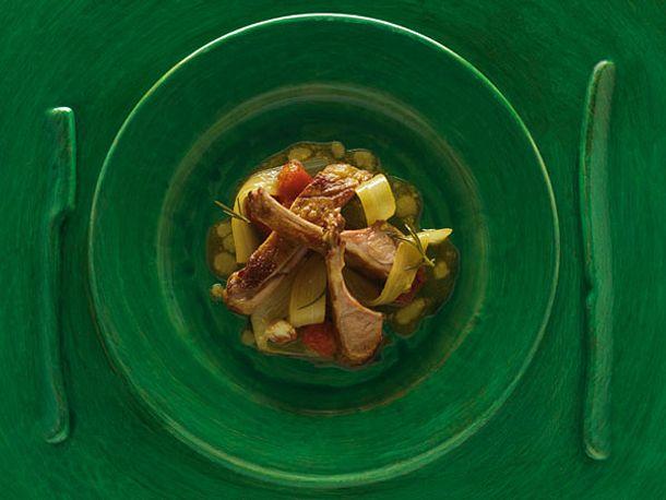 Karree vom Milchlamm mit Karden-Gemüse (Alain Ducasse) Rezept