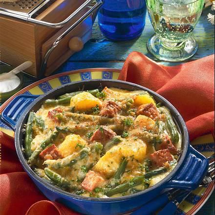 Kartoffel-Bohnen-Auflauf mit Leberkäse Rezept