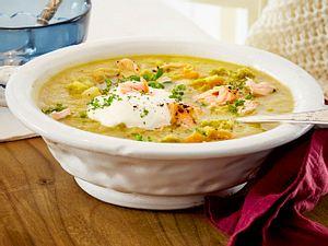Kartoffel-Erbsen-Suppe mit Stremellachs Rezept