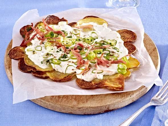 Kartoffel-Flammkuchen mit Schinken Rezept