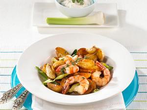 Kartoffel-Garnelen-Pfanne mit Knoblauchsoße Rezept