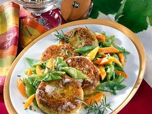 Kartoffel-Grünkernbratlinge mit Bohnen-Möhren-Gemüse Rezept