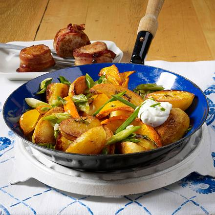 Kartoffel-Kürbispfanne zu Speckmedaillons Rezept
