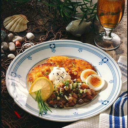 Kartoffel-Mais-Küchlein mit Matjes-Tartar Rezept