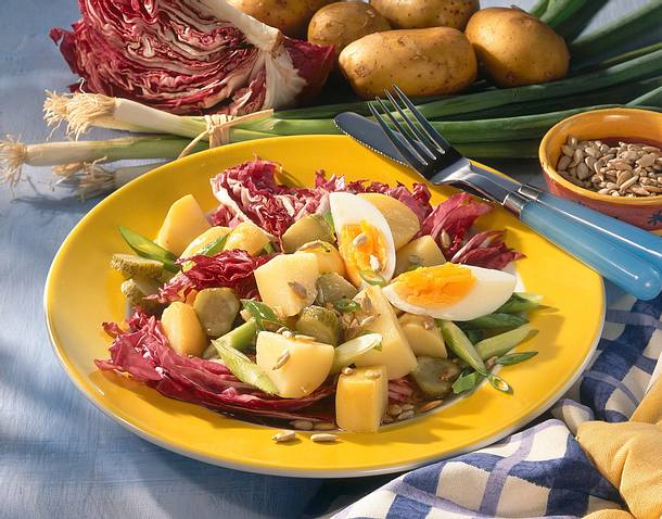 Kartoffel-Salat mit Ei Rezept