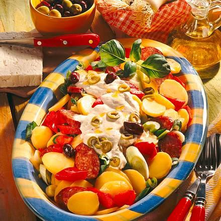 Kartoffel-Salat mit Joghurt-Käse-Soße Rezept