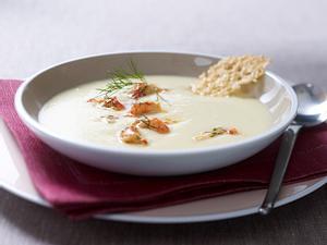 Kartoffel-Sellerie-Suppe mit Flusskrebsen Rezept