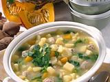 Kartoffel-Suppe mit Wirsing, Kürbis und Brätbällchen Rezept
