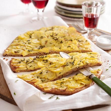 Kartoffel-Thymian-Pizza Rezept