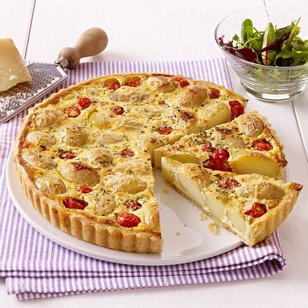 Kartoffel-Tomaten-Tarte mit Parmesan und Rosmarin Rezept