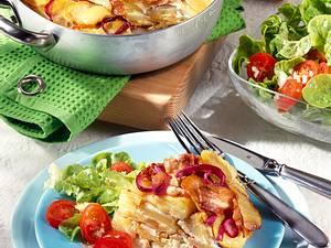 Kartoffel-Tortilla mit Käse, Speck und Zwiebeln in Eiermilch Rezept