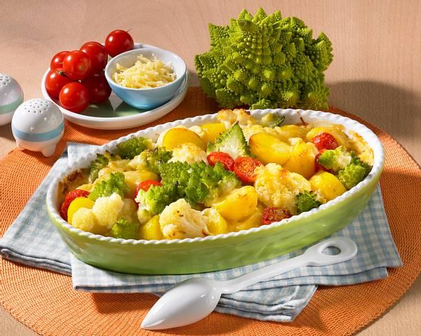 Kartoffelauflauf mit Blumenkohl, Romanesco und Tomaten Rezept