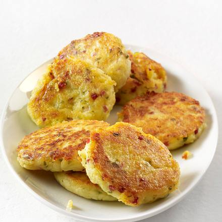 Kartoffelbeilagen aus gekochten Kartoffeln: Kartoffelplätzchen Rezept