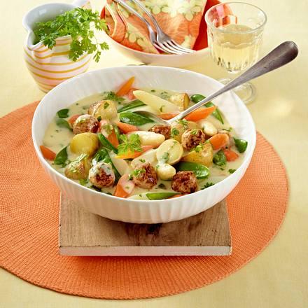 Kartoffelgulasch mit Spargel und Brätbällchen Rezept