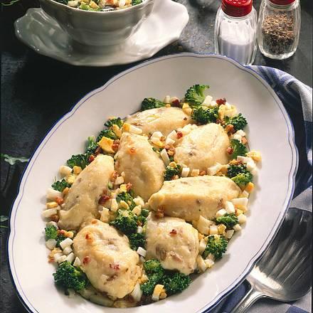 Kartoffelklöße mit Broccoli Rezept