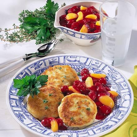 Kartoffelküchlein mit Aprikosen-Kirschkompott Rezept