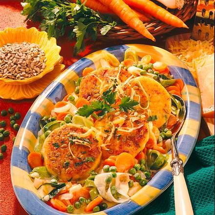Kartoffelküchlein mit buntem Gemüse Rezept