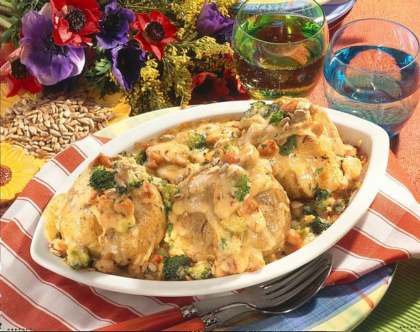 Kartoffeln mit Broccoli-Putenragout Rezept
