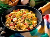 Kartoffelpfanne mit Rührei und Zucchini Rezept
