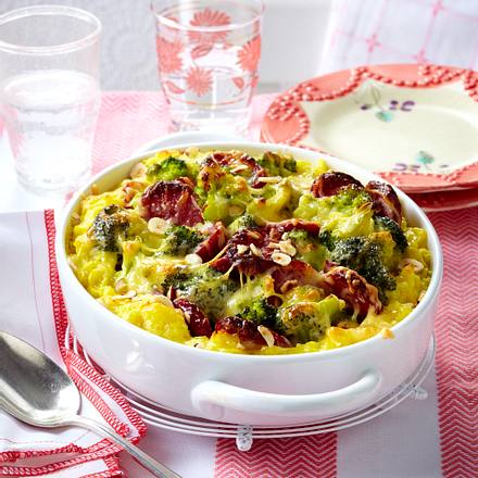 Kartoffelpüree-Auflauf mit Brokkoli und Cabanossi Rezept