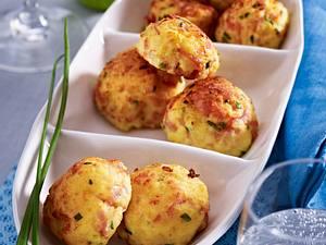 Kartoffelpüree-Bällchen mit Kochschinken, Emmentaler und Dijon-Senf Rezept