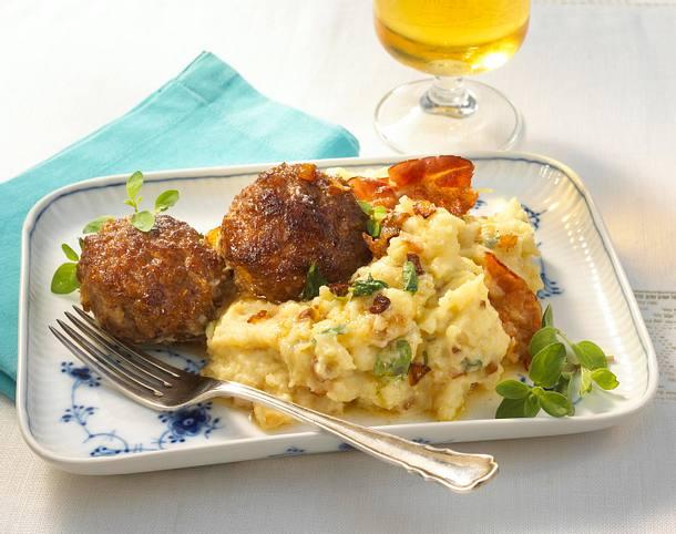 Kartoffelpüree mit Röstzwiebeln Rezept
