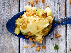 Kartoffelpüree mit Porree und Zwiebeln Rezept