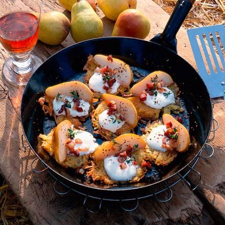 Kartoffelpuffer mit Birnen und Speck Rezept