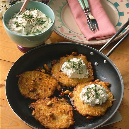 Kartoffelpuffer mit Frisch-käsecreme Rezept