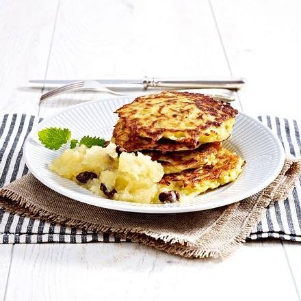 Kartoffelpuffer mit selbstgemachtem Apfel-Rosinenkompott Rezept