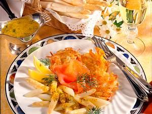 Kartoffelpuffer mit Spargel und Lachs Rezept