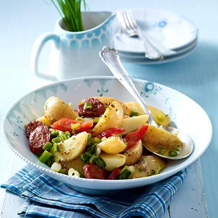 Kartoffelsalat mit Chorizo, Paprika und Schnittlauch-Senf-Vinaigrette Rezept