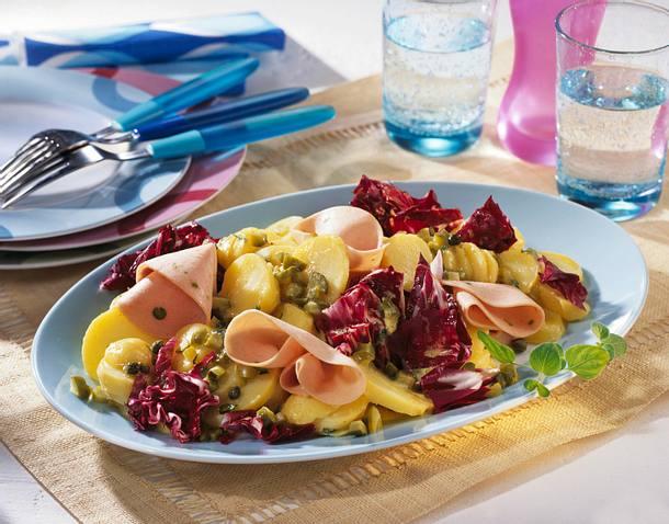 Kartoffelsalat mit Geflügelmortadella Rezept