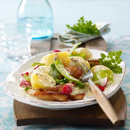 Kartoffelsalat mit Hähnchenstreifen Rezept