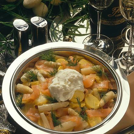Kartoffelsalat mit Lachs und Spargel Rezept