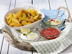 Kartoffelspalten mit dreierlei Dips Rezept
