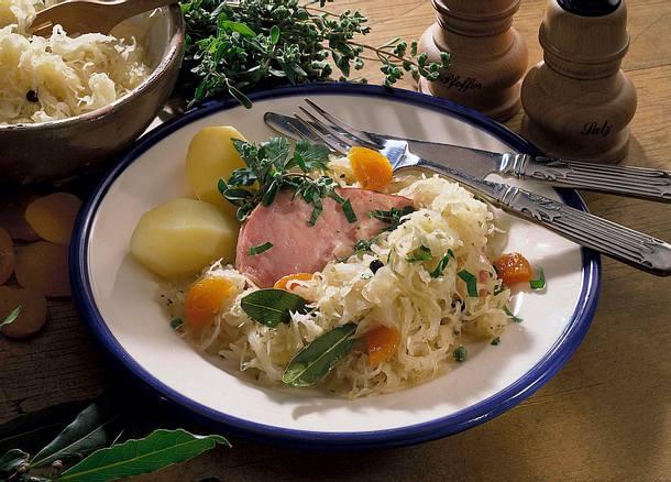 Kasseler auf Aprikosen-Kraut Rezept