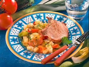 Kasseler-Kotelett auf Gemüsebett Rezept