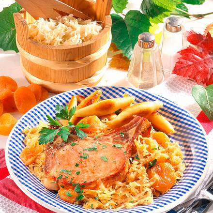 Kasseler-Kotelett auf Sauerkraut Rezept