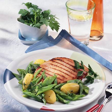 Kasseler-Kotelett mit Bohnen-Kartoffel-Gemüse Rezept